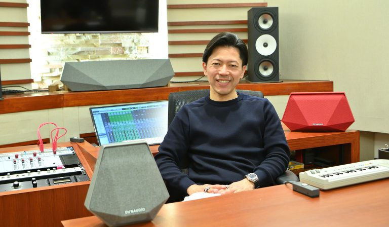 プロが試すDYNAUDIOのワイヤレススピーカー 〜Music × Arts Vol.4 音楽プロデューサー 内山雄介さん 〜